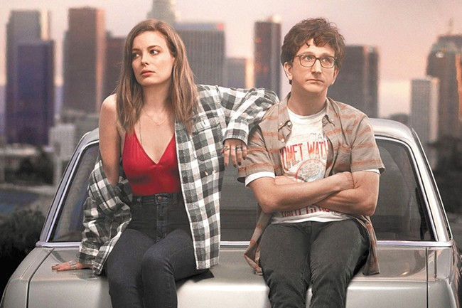 Gillian Jacobs and Paul Rust co-star in Love on Netflix.