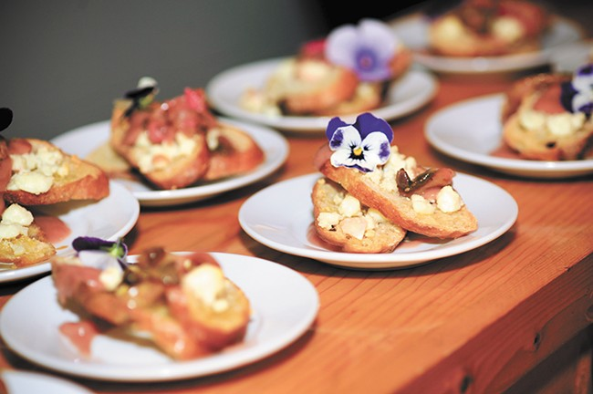 Mont Lamm Events hosts monthly farm-to-table dinners.