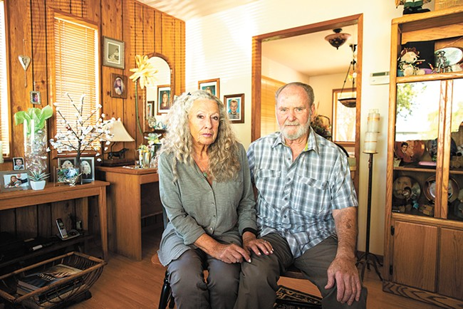 Terry and Ria Platt in their Prosser, Washington, home. - INSTITUTE FOR JUSTICE PHOTO