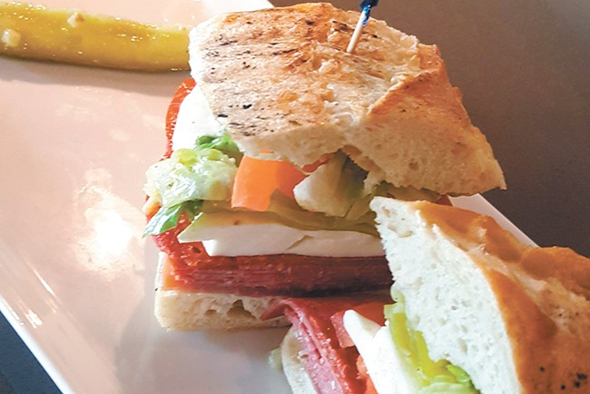 Nectar downtown is now serving lunch from 11 am to 2 pm.