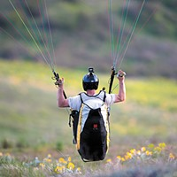 Skydiving, hang gliding and paragliding
