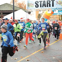 Jingle Bell Run, Tree of Sharing and more