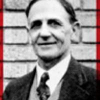 1909 | PRESSMAN PUMMELS POL OVER BOOZE VIEWS!