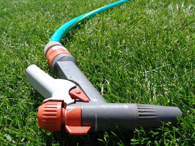 garden_hose_pistol.jpg