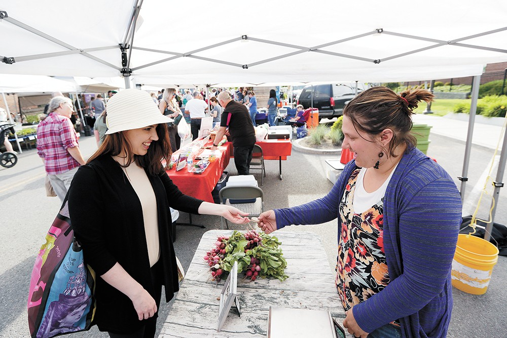 Find food, flowers and fun at Kendall Yards Night Market. - YOUNG KWAK PHOTO