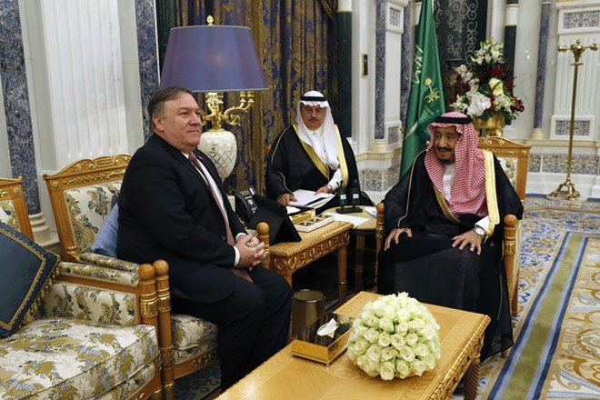 Secretary of State Mike Pompeo, left, meets with King Salman of Saudi Arabia in Riyadh on Tuesday, Oct. 16, 2018. - LEAH MILLS/POOL VIA THE NEW YORK TIMES