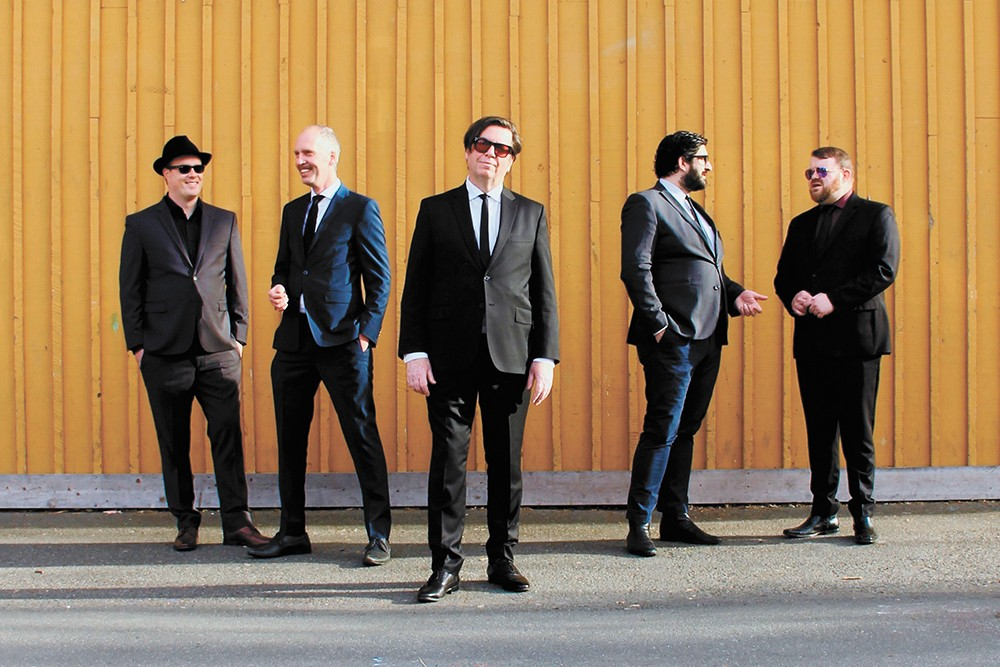 Roy Orbison resurrected: The Lonely pays tribute to the 1960s rock legend.