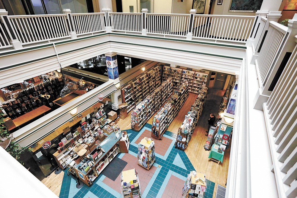 The booklovers' paradise that is Auntie's. - YOUNG KWAK PHOTO