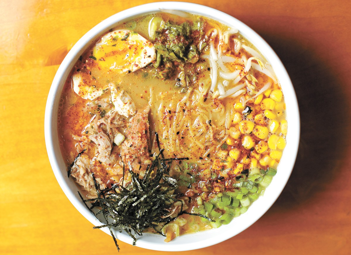 Monarch ramen - YOUNG KWAK PHOTO