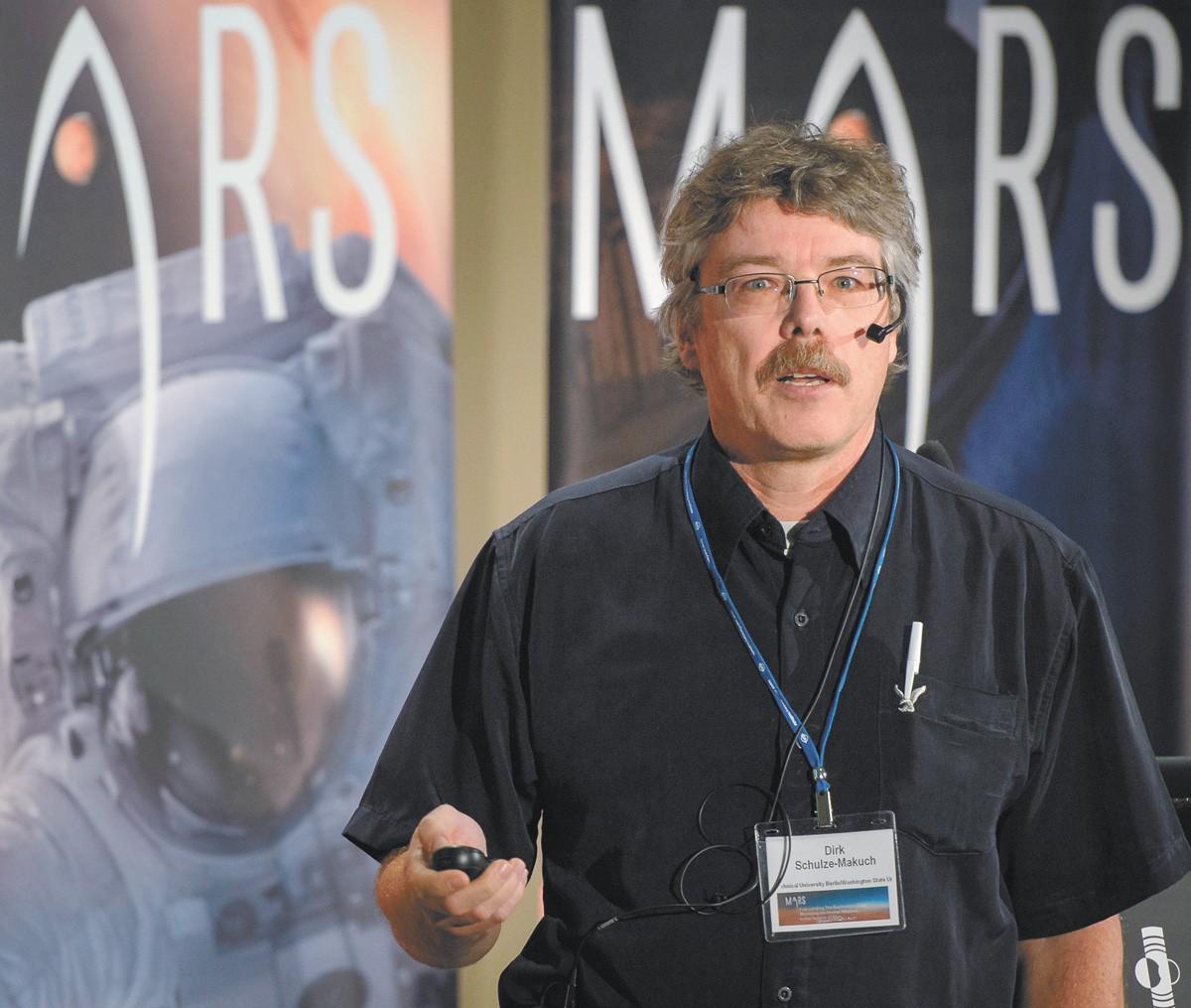Dirk Schulze-Makuch
