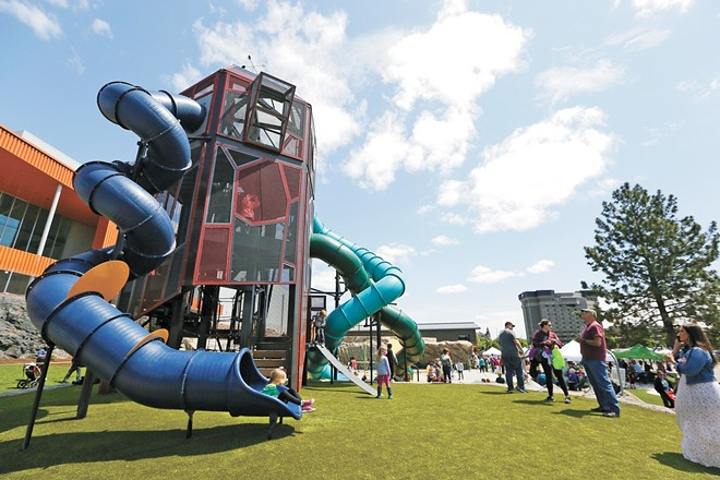 A new playground at Riverfront Park - YOUNG KWAK