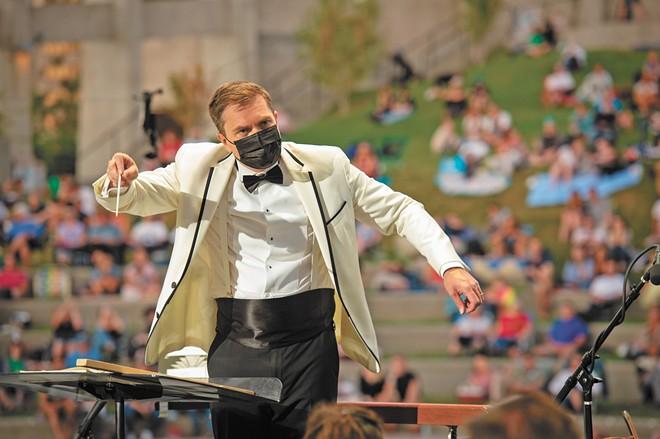 Music Director James Lowe at  Spokane Symphony's Labor Day show. - HAMILTON STUDIO PHOTO