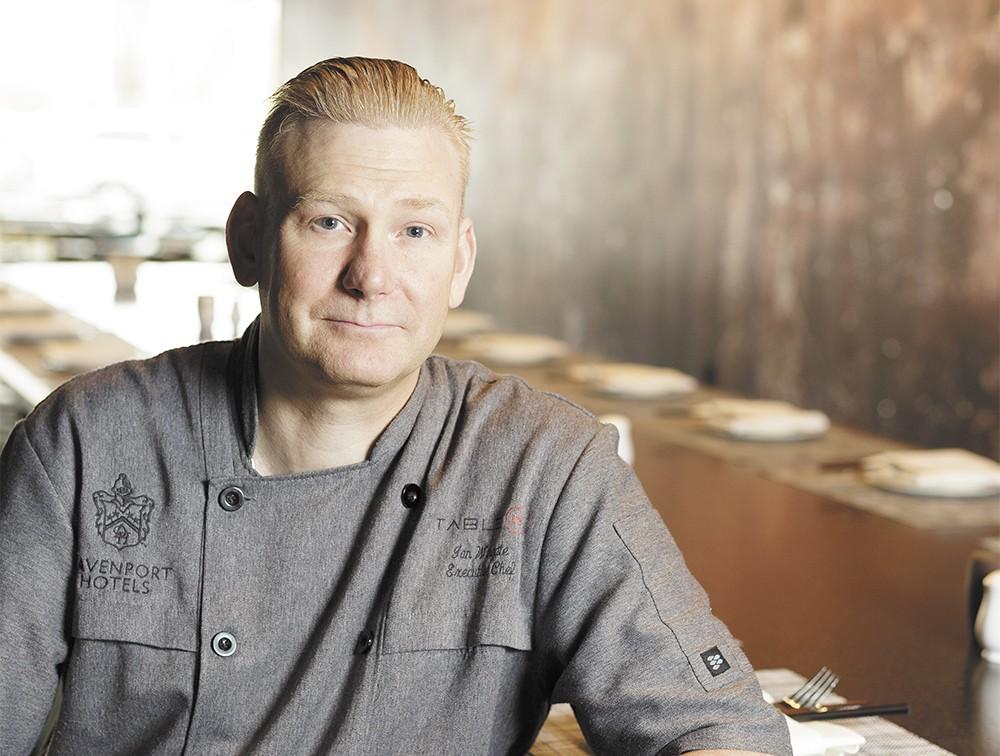 Table 13 chef Ian Wingate - YOUNG KWAK