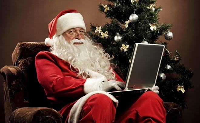 santa-claus-with-laptop.jpg