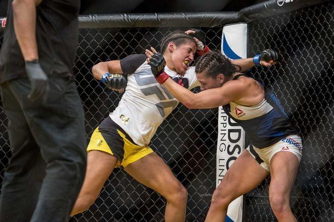 Peña (left) won her last UFC match, against Cat Zingano, in July 2016.