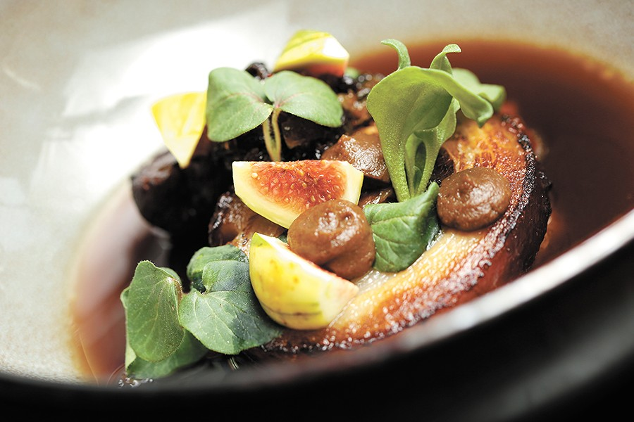 Pancetta in fig broth. - YOUNG KWAK