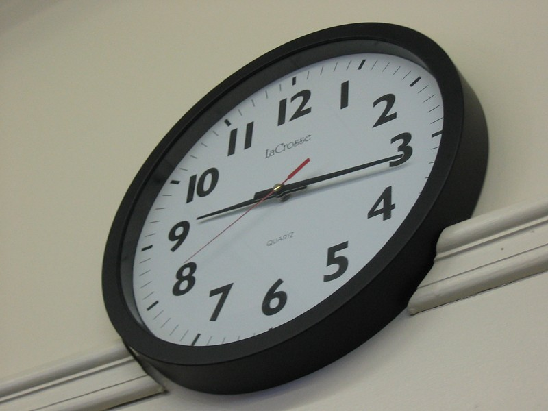 school_clock.jpg