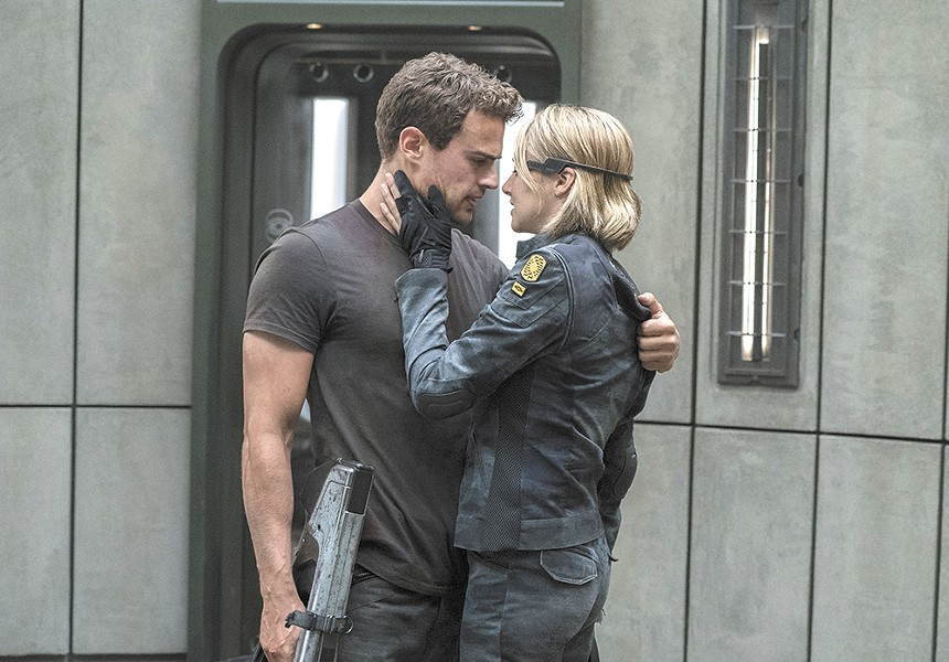 Surprises, but too few, in the new Divergent Series chapter.