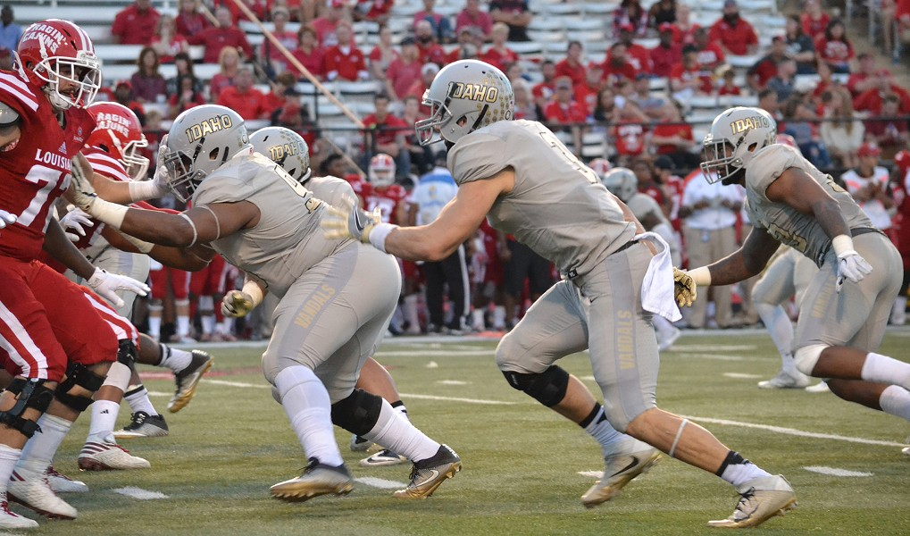 The Vandals defense held the Ragin' Cajuns to less than 300 total yards. - IDAHO ATHLETICS
