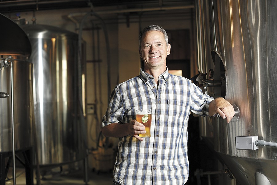 Mark Irvin, head brewer at Bennedito's Brewpub - YOUNG KWAK