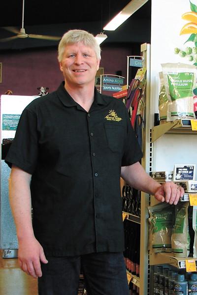 Gregg Plummer of Winter Ridge Natural Foods | Carrie Scozzaro Photo - CARRIE SCOZZARO