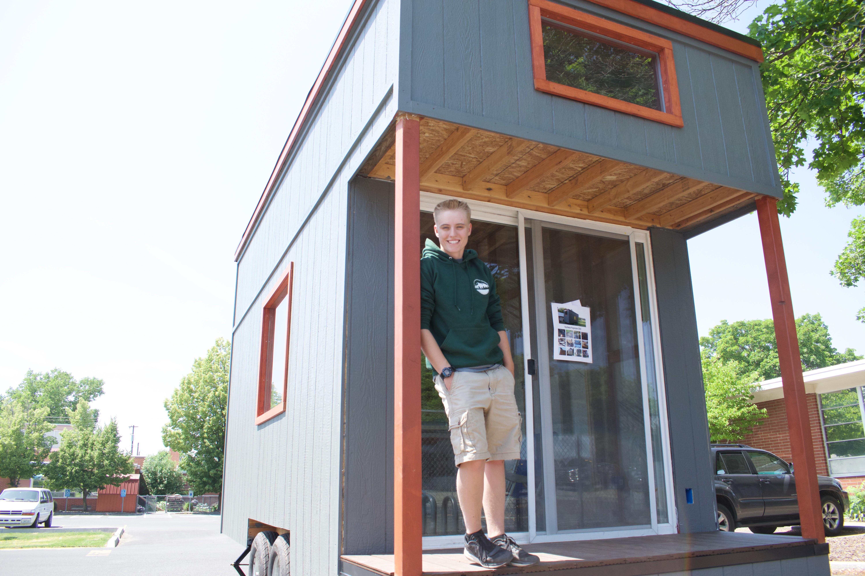 A High School Senior In Spokane Built A Tiny Home For A