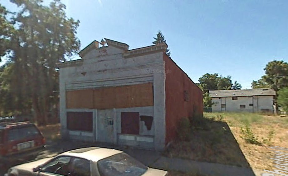 Above: The most recent view of Batch Bakeshop's home is from August 2007. - GOOGLE