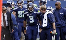 Monday Morning Place Kicker: Seahawks cruise, Eags are legit and an arrest-free WSU week!