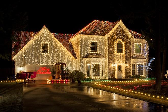 Christmas Lights Coeur D'Alene Street Neighborhood 2020 How one man's quest to spread Christmas cheer led to a miserable