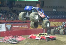 monster-jam-captain-usa.jpg