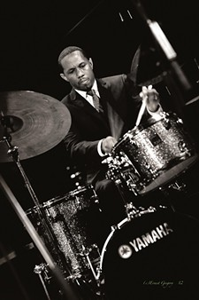 2cae044e_willie-jones-drummer-01.jpg