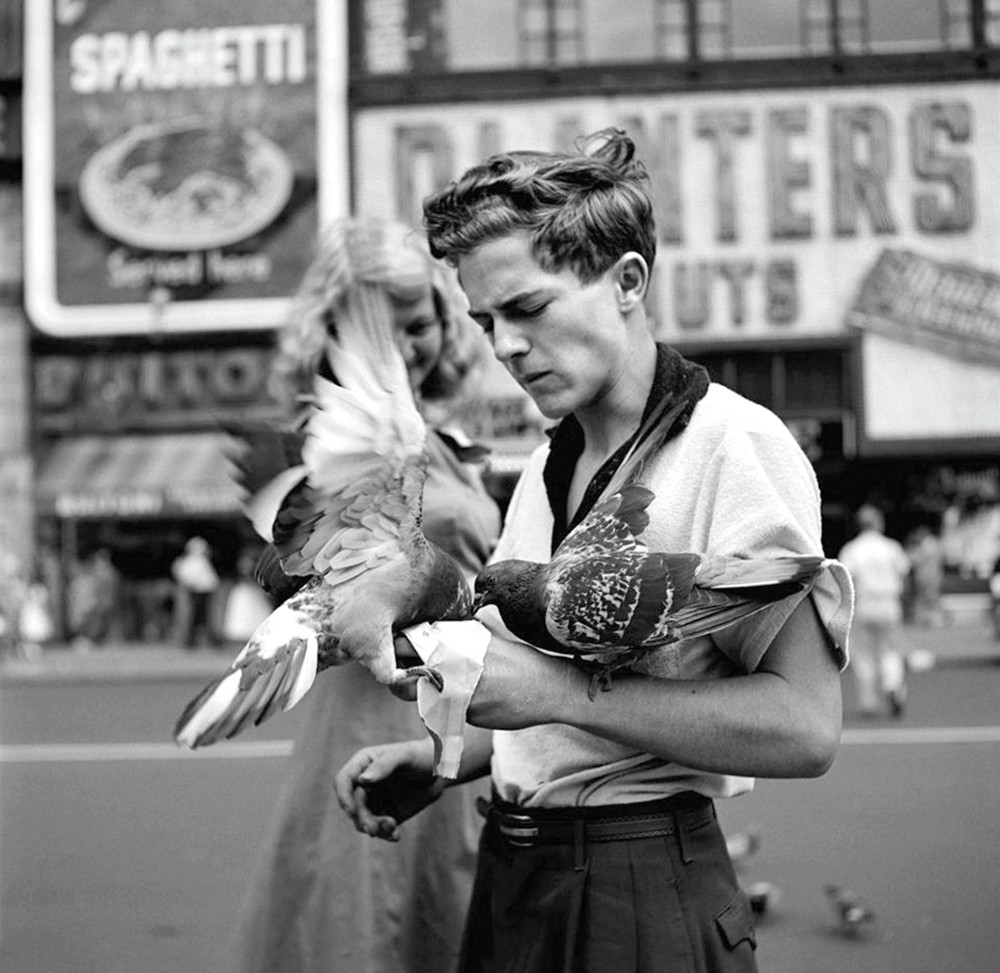 Vivian Maier's images were known to capture unexpected beauty.
