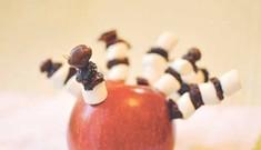 Apple-Turkey Centerpiece