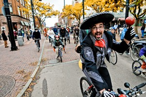 10-30_halloween_bike_ride_courtesy_of_ben_sarle.jpg