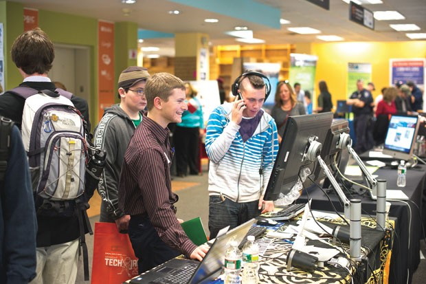 High school students at the 2011 Vermont Tech Jam