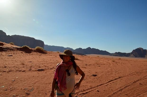 Jessica in the desert - JESSICA LARA TICKTIN