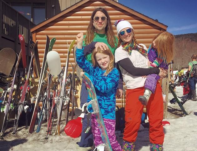 The family on the slopes - OLSEN/GUSTAFSON