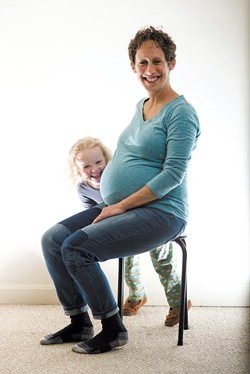 Erica Loren and daughter Mira - SAM SIMON
