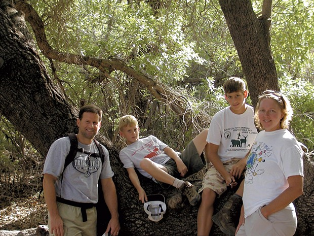 Todd Davis with wife Shelly and sons Nathan (second from left) and Noah in 2007