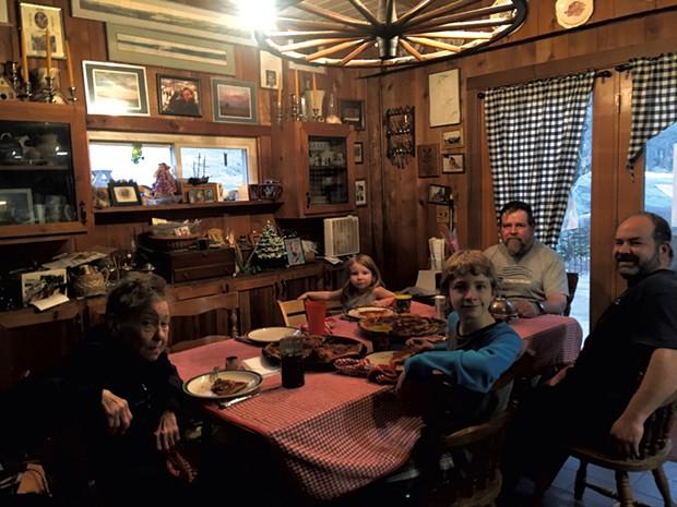 Reading Homeschoolers' Virtual Vermont Trivia crew