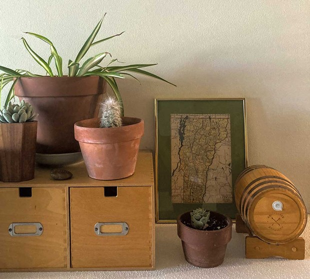 Wooden ware finds - MARIA MUNROE