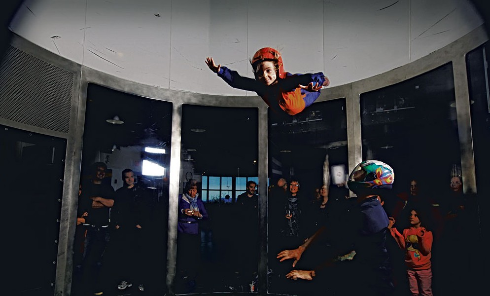 Indoor skydiving at SkyVenture Montréal - LAURA SORKIN