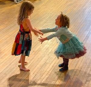 two_girls_dancing-2.jpg
