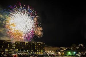 feb18_presweek_fireworks_finale_large.jpg