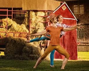 farm_ballet_show_page.jpg