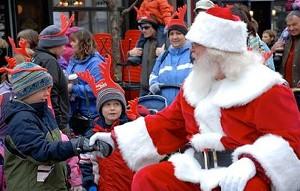 santa-parade-pic_web_.jpg