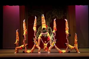 peking-acrobats-event-image-768x512.jpg
