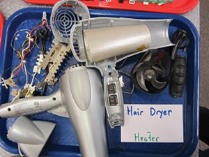 takeapart_hairdryer_2018.jpg