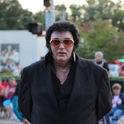 30 Photos of Elvis Fans and Their Elvis Week Shrines