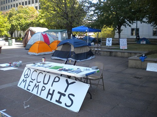 A photo of Memphis Occupy in its heyday.